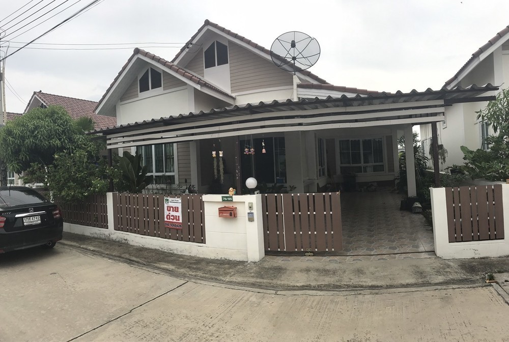 For Sale 3 Beds 一戸建て in Phan Thong, Chonburi, Thailand | Ref. TH-FOZSLCSD