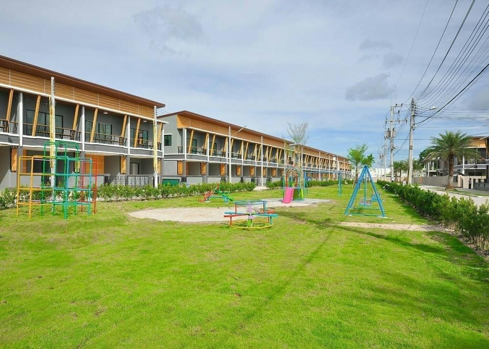 ขาย ทาวน์เฮ้าส์ 3 ห้องนอน บ้านบึง ชลบุรี | Ref. TH-UPZYYUHQ
