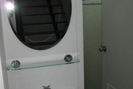 For Rent 5 Beds 一戸建て in Bangkok, Central, Thailand