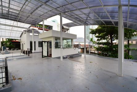 В аренду: Дом с 3 спальнями в районе Khlong Toei, Bangkok, Таиланд