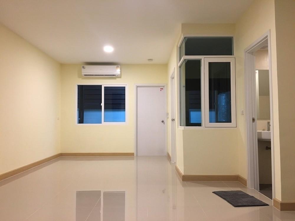 For Rent 4 Beds タウンハウス in Bang Phli, Samut Prakan, Thailand | Ref. TH-BOUKBDRA