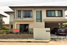 For Sale or Rent 4 Beds 一戸建て in San Sai, Chiang Mai, Thailand