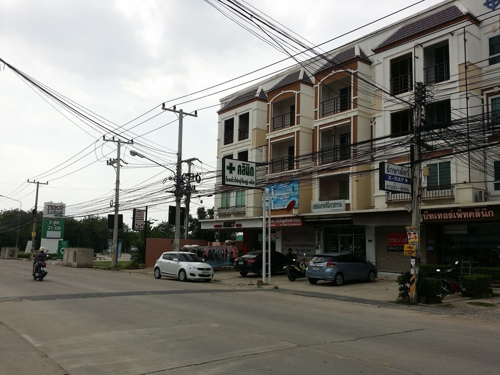 For Sale or Rent Shophouse 64 sqm in Bang Lamung, Chonburi, Thailand | Ref. TH-BBEMYTQP