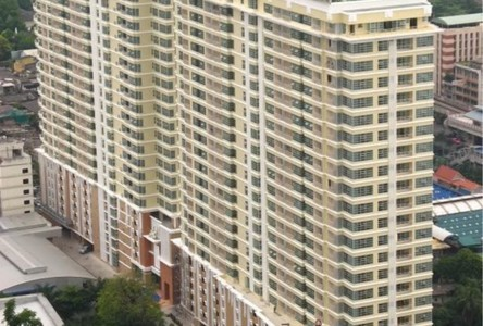 For Sale or Rent 3 Beds Condo in Pathum Wan, Bangkok, Thailand