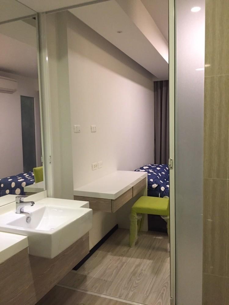For Sale 1 Bed Condo in Phaya Thai, Bangkok, Thailand   Ref. TH-GIZIWPOD