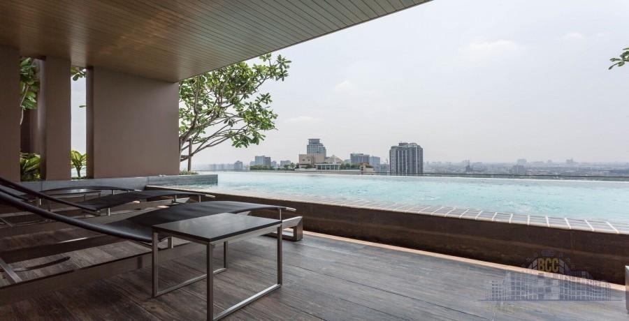 The Lofts Ekkamai - For Sale or Rent コンド 28.5 sqm Near BTS Ekkamai, Bangkok, Thailand | Ref. TH-RRJKDWDY