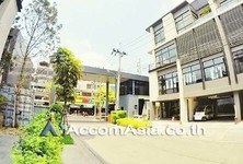 For Sale or Rent 99 Beds Office in Bangkok, Central, Thailand