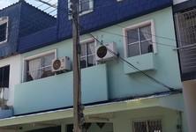 For Rent 4 Beds タウンハウス in Pak Kret, Nonthaburi, Thailand