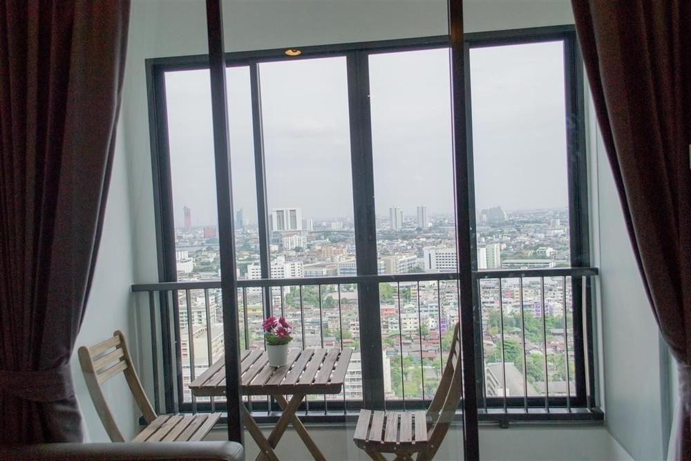 ขาย หรือ เช่า คอนโด 1 ห้องนอน สาทร กรุงเทพฯ | Ref. TH-TNTDXPOF