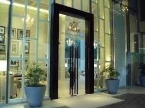 В том же здании - Oriental Residence