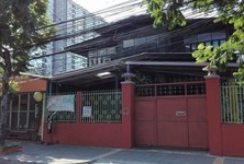For Rent Retail Space 400 sqm in Bangkok, Central, Thailand