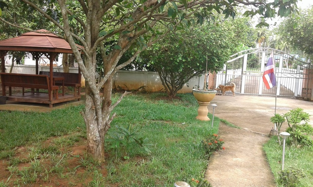 For Sale 3 Beds 一戸建て in Mueang Chumphon, Chumphon, Thailand | Ref. TH-CFFMRBYQ