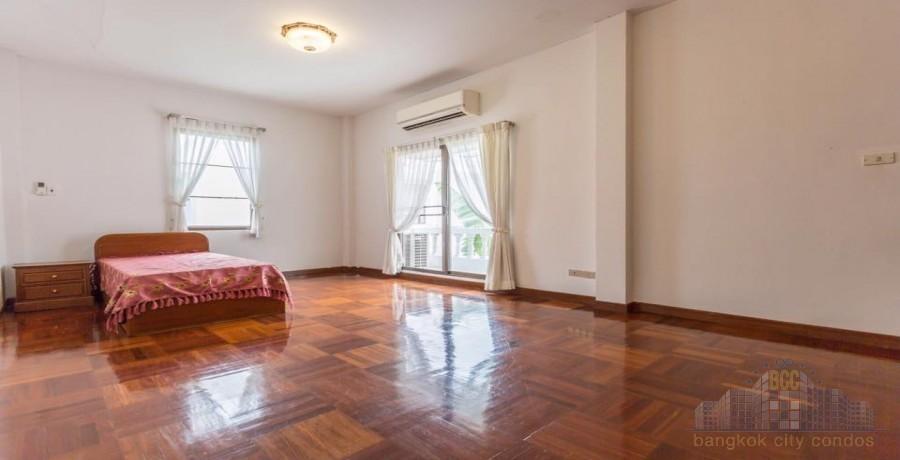 ให้เช่า บ้านเดี่ยว 4 ห้องนอน กรุงเทพฯ ภาคกลาง   Ref. TH-QOITCIYN