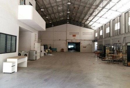 For Rent Warehouse 3,425 sqm in Lat Phrao, Bangkok, Thailand