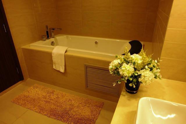 The Hudson Sathorn 7 - В аренду: Кондо с 2 спальнями возле станции BTS Chong Nonsi, Bangkok, Таиланд | Ref. TH-DBXJGLXY