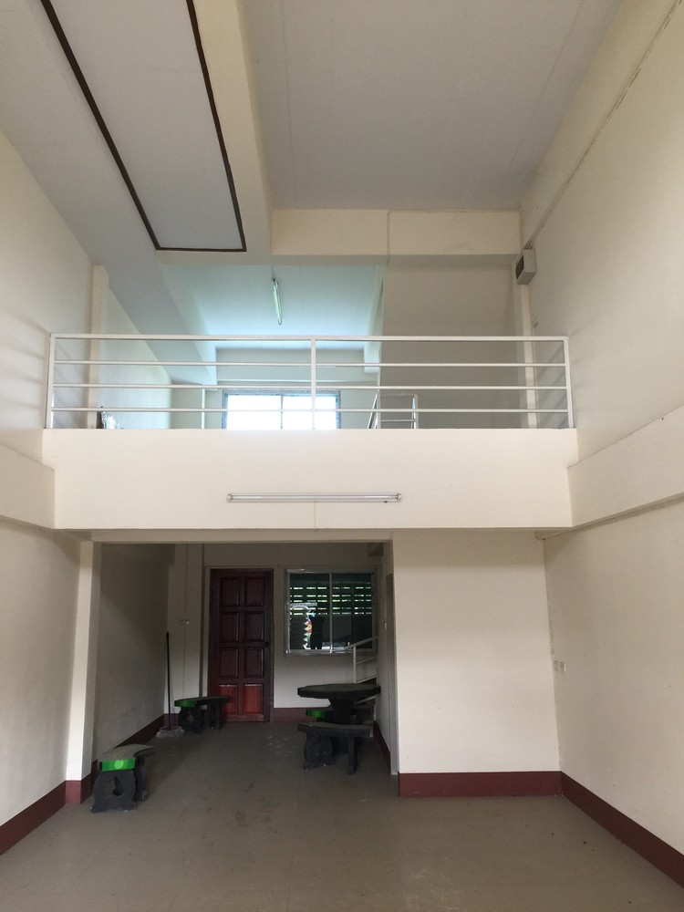 For Sale 2 Beds Shophouse in Mae Chan, Chiang Rai, Thailand | Ref. TH-RYKUGPFE