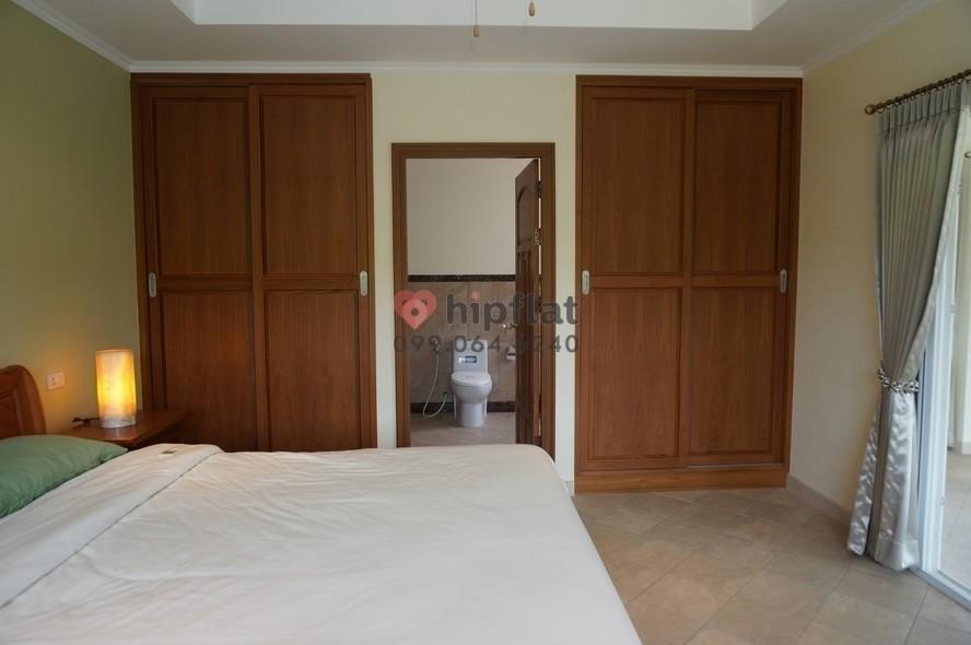 For Sale or Rent 4 Beds House in Bang Lamung, Chonburi, Thailand   Ref. TH-QGFHNHQB