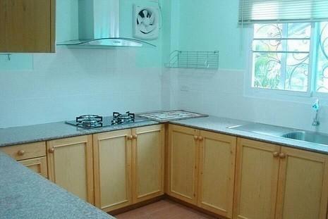 Продажа: Дом с 3 спальнями в районе Hang Dong, Chiang Mai, Таиланд | Ref. TH-LKSGEQJX
