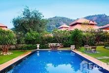 Продажа: Дом с 4 спальнями в районе Hua Hin, Prachuap Khiri Khan, Таиланд