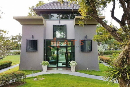 For Sale 3 Beds House in Pattaya, Chonburi, Thailand