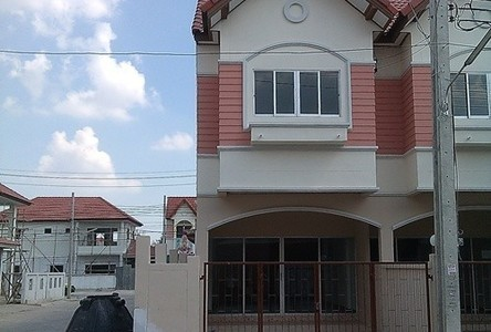 For Rent 3 Beds タウンハウス in Nong Khaem, Bangkok, Thailand