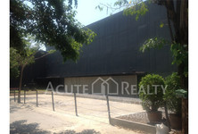 For Sale or Rent Warehouse 1,300 sqm in Bang Na, Bangkok, Thailand