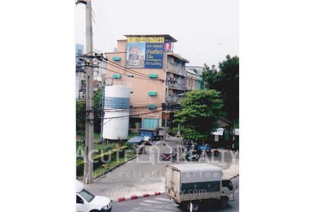 For Sale Shophouse 600 sqm in Bang Khae, Bangkok, Thailand