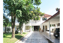 For Sale 5 Beds House in Mueang Samut Prakan, Samut Prakan, Thailand