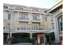 For Sale 3 Beds タウンハウス in Yan Nawa, Bangkok, Thailand