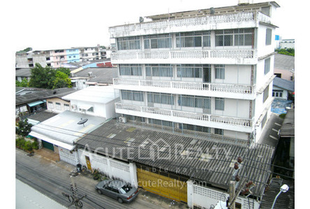 For Sale Shophouse 2,500 sqm in Bang Khun Thian, Bangkok, Thailand