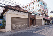 For Sale 4 Beds 一戸建て in Chatuchak, Bangkok, Thailand