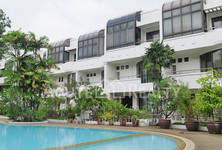 For Rent 4 Beds タウンハウス in Yan Nawa, Bangkok, Thailand