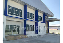 В аренду: Склад 1,200 кв.м. в районе Bang Phli, Samut Prakan, Таиланд