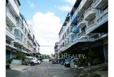 For Sale Shophouse in Thung Khru, Bangkok, Thailand