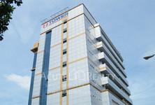 В аренду: Офис 684 кв.м. в районе Suan Luang, Bangkok, Таиланд