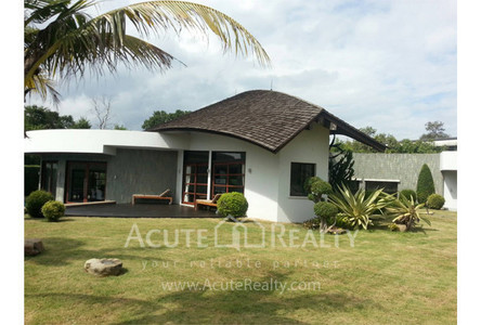 For Rent 3 Beds 一戸建て in Mae Rim, Chiang Mai, Thailand