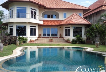 For Sale 4 Beds 一戸建て in Bang Lamung, Chonburi, Thailand
