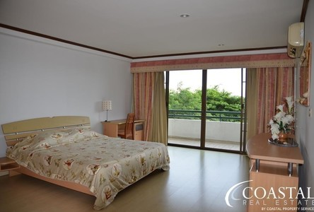 For Sale or Rent 3 Beds Condo in Sattahip, Chonburi, Thailand