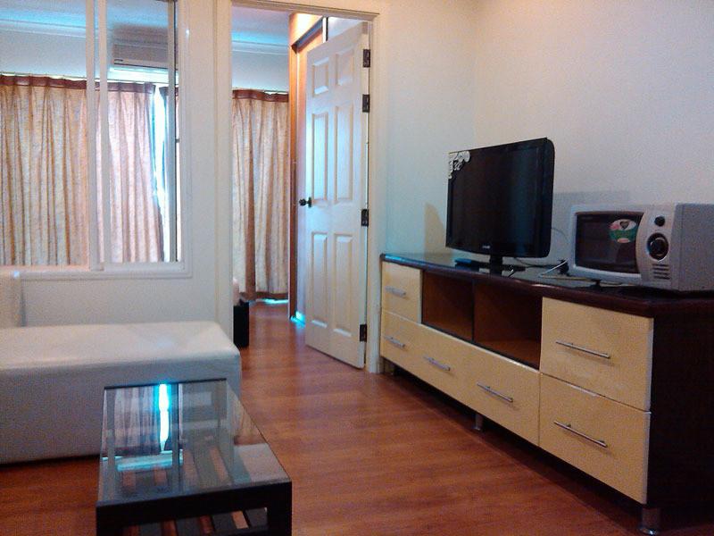 В аренду: Кондо c 1 спальней в районе Watthana, Bangkok, Таиланд | Ref. TH-OUZVMFEE