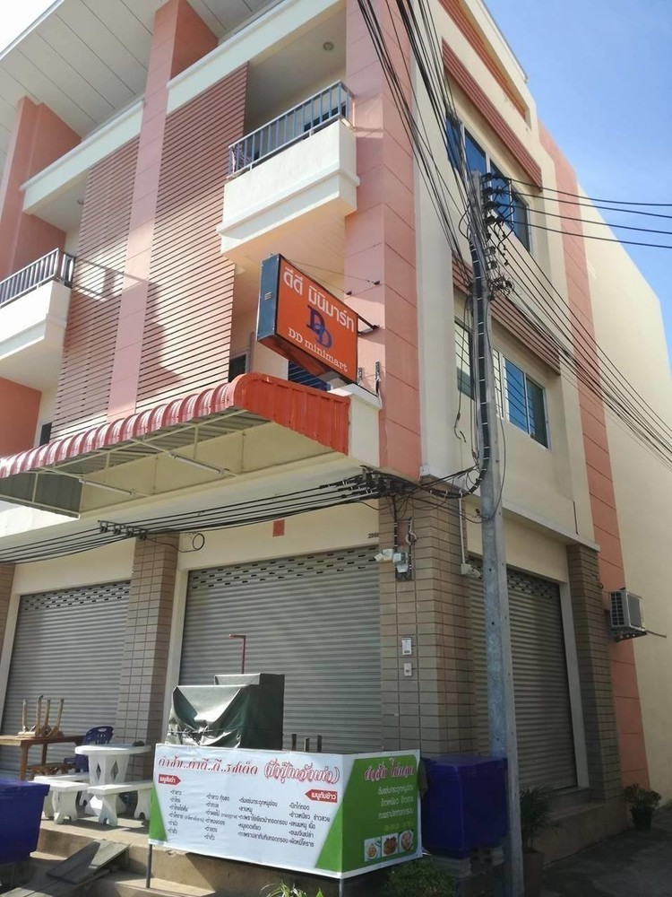 For Rent 2 Beds Shophouse in Mueang Nakhon Ratchasima, Nakhon Ratchasima, Thailand | Ref. TH-FACSZUVS