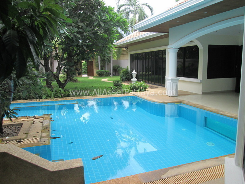 For Sale 2 Beds House in Bang Lamung, Chonburi, Thailand | Ref. TH-PUJDZMKF