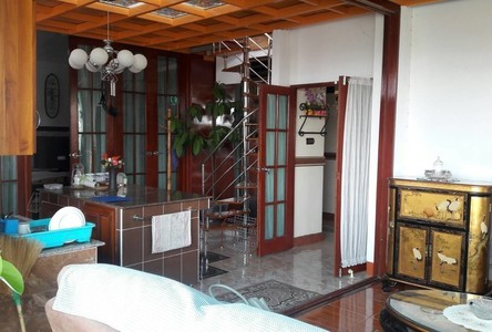 For Sale Apartment Complex 36 rooms in Mueang Chiang Mai, Chiang Mai, Thailand