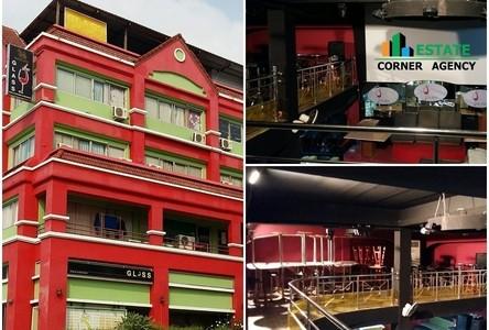 Продажа: Шопхаус в районе Lam Luk Ka, Pathum Thani, Таиланд