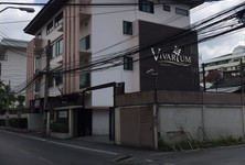 For Rent Shophouse 800 sqm in Watthana, Bangkok, Thailand