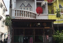 For Rent 2 Beds Townhouse in Thung Khru, Bangkok, Thailand
