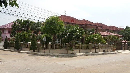 For Sale 4 Beds House in Nong Chok, Bangkok, Thailand | Ref. TH-OLZMIAUB