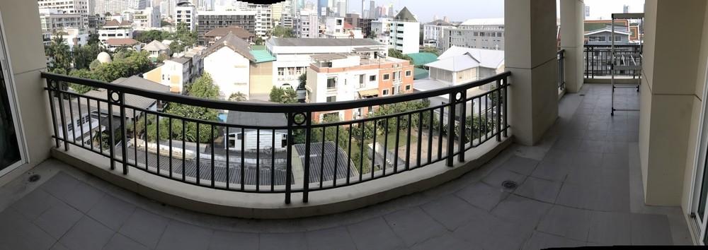 В аренду: Кондо с 3 спальнями в районе Pathum Wan, Bangkok, Таиланд | Ref. TH-UJTLTUMZ
