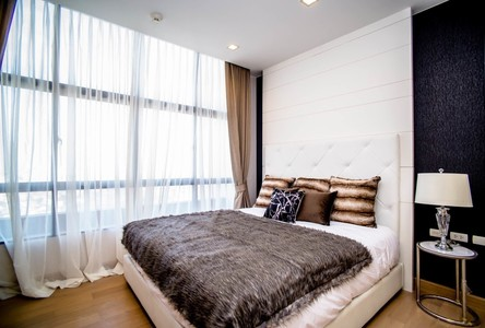 For Rent 3 Beds Condo in Khlong San, Bangkok, Thailand