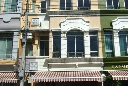 For Sale タウンハウス 170 sqm in Bang Phli, Samut Prakan, Thailand
