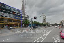 For Sale or Rent Office 1,600 sqm in Phaya Thai, Bangkok, Thailand